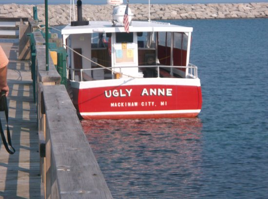 Ugly Anne Boat Cruises: The Ugly Anne