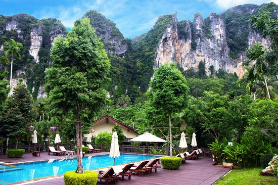 Aonang Phu Petra Resort, Krabi: Stunning view from hotel room.