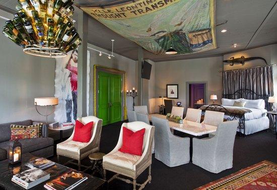 Photo Loft - Concept Suite at Hotel ZaZa Dallas