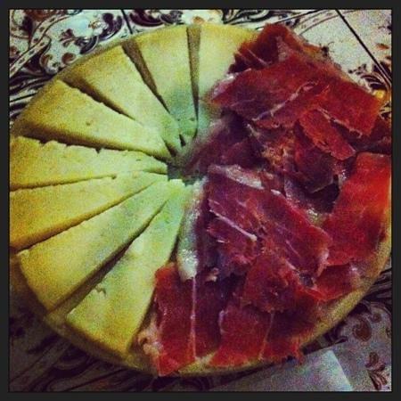 Los Barriles: queso y jamon
