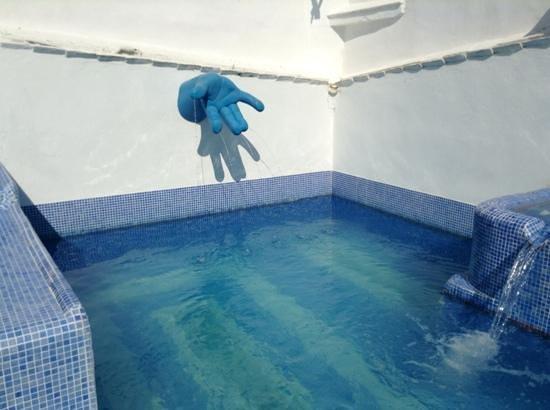 Hotel Enfrente Arte: piscina
