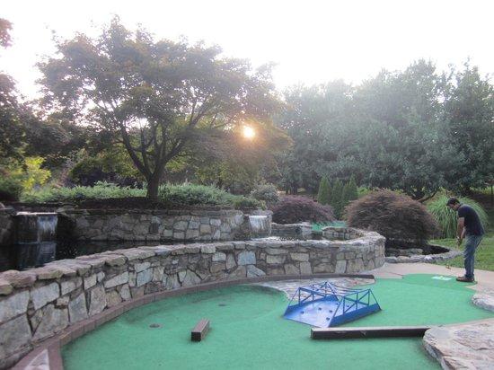 Gaithersburg Miniature Golf: miniature golf spot