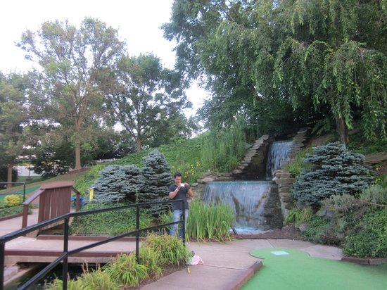 Gaithersburg Miniature Golf