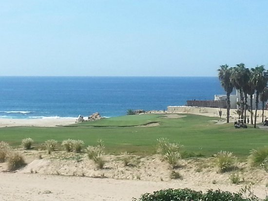 Cabo Real Golf Course: #5 - only hole close to beach