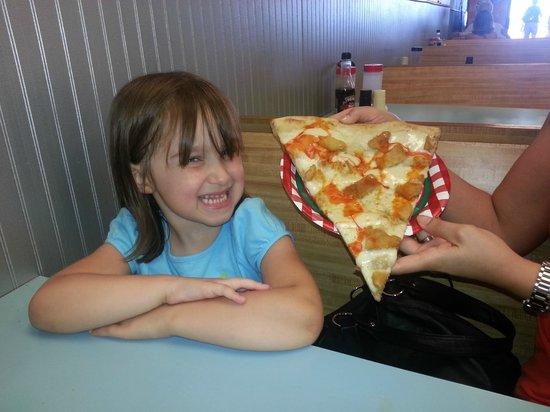 Three Brothers From Italy Pizza: Buffalo Chicken Pizza