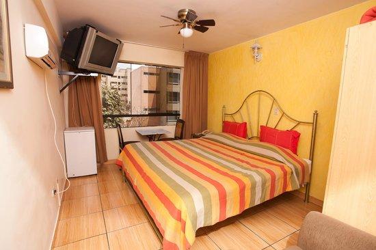 Hotel El Farolito: Matrimonial Room