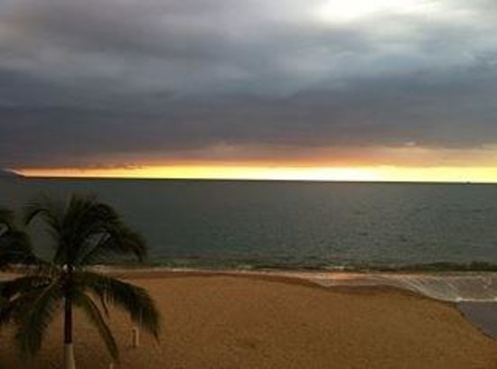 Casa de le Playa : Sunset from our balcony