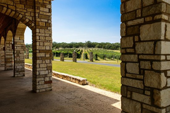 Flat Creek Estate Winery: Shot from inside the Pavilion