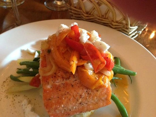 Padella Kitchen: Steelhead Trout Special with risotto, peppers and beans