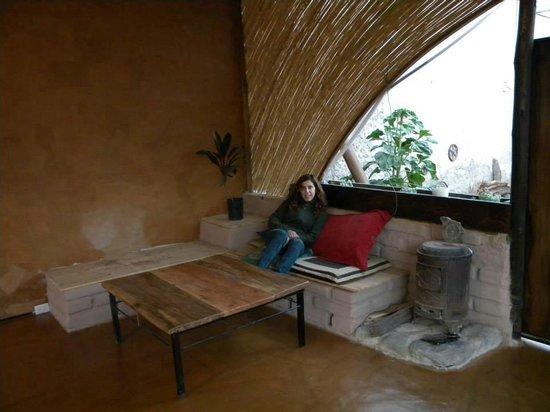 Casa Arbol: Todo es rústico, cálido...también el quincho donde desayunamos muy rico