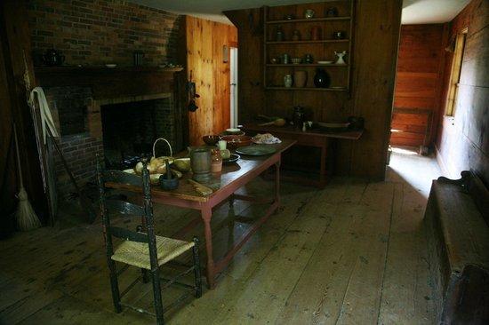 Ethan Allen Homestead: Ethan Allen's kitchen