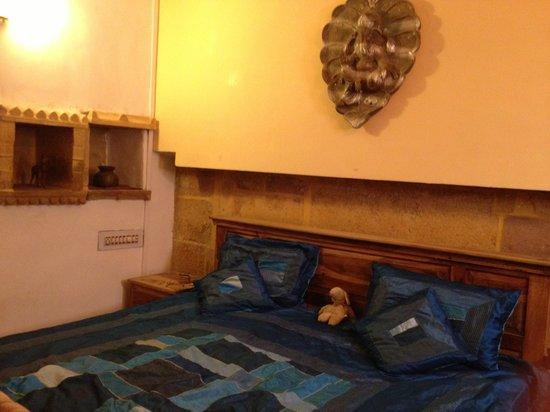 Hotel Deep Mahal: room