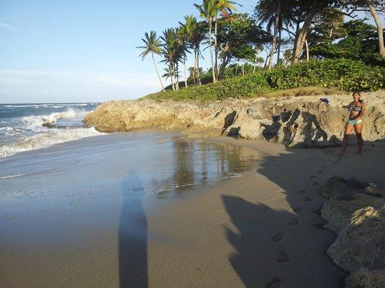 SurfBreak Cabarete: Encuentro Beach