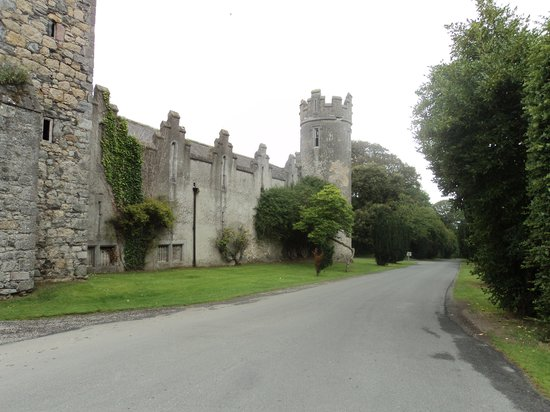 Howth Castle: vista al castillo