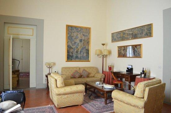 Palazzo Magnani Feroni: The Room
