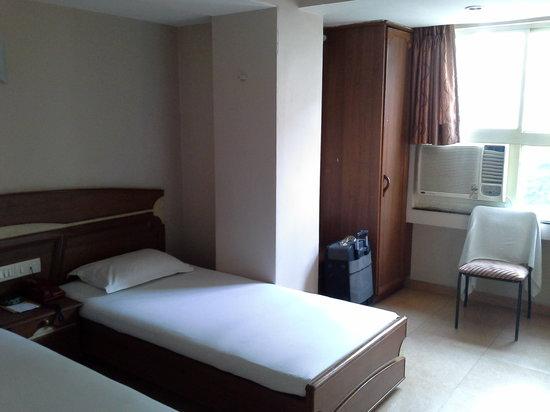 Hotel Prime: basic AC Room