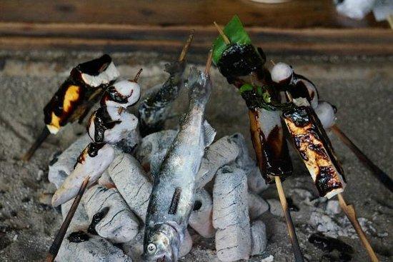 Takamoridengakuhozonkai: Vegetables and River Fish,...
