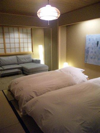 Araya Totoan: bed