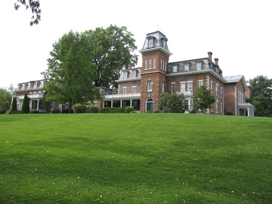 Oneida Community Mansion House : Recent view