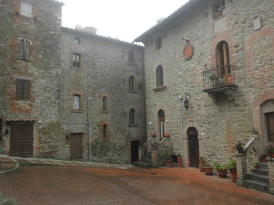 La Morosa: Castel Rigone