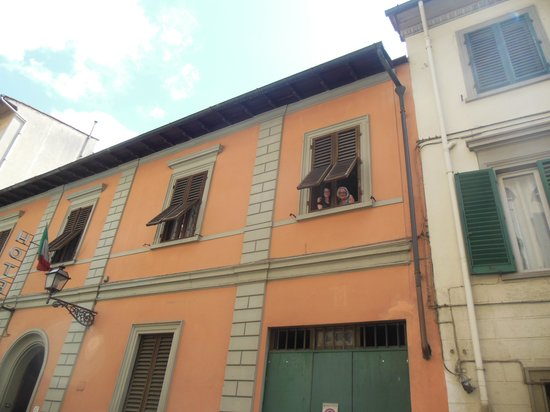 Hotel Il Bargellino : View from street