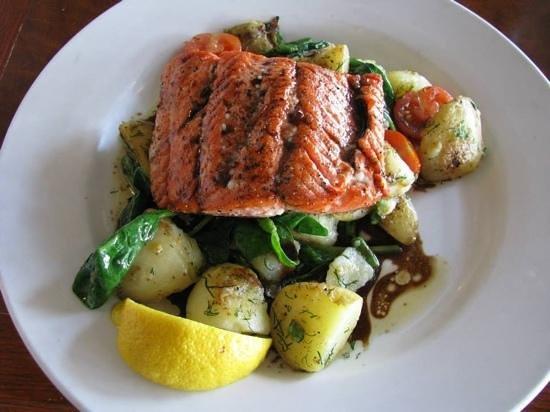 Sockeye City Grill Seafood Restaurant: Sockeye Salmon