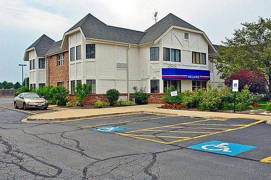 Motel 6 Chicago Northwest Palatine: MExterior2