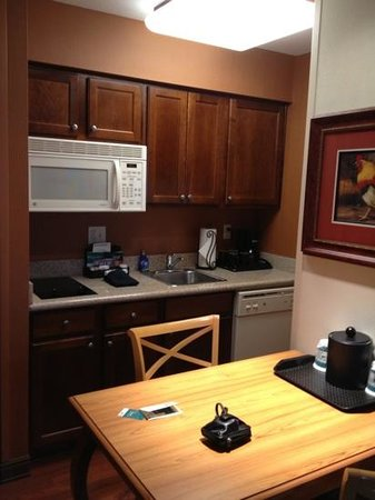 Homewood Suites by Hilton @ The Waterfront: kitchen at Wichita Homewood Suites