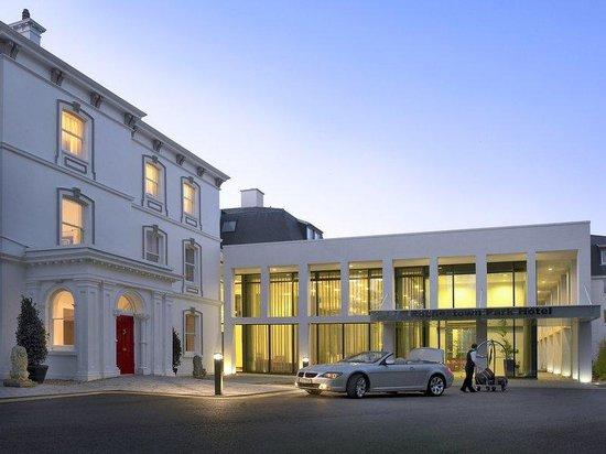 Rochestown Park Hotel: Exterior