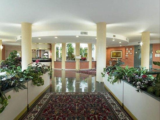 Bifi Hotel: Interior