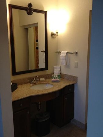 Homewood Suites by Hilton @ The Waterfront : Look at the Drawers! Bathroom area at Wichita Homewood Suites