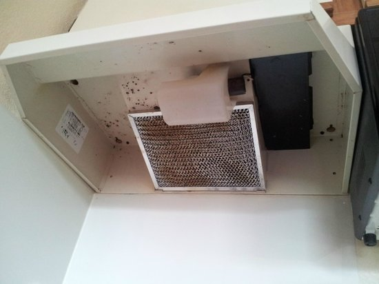 Extended Stay America - Fishkill - Route 9 : Range Hood w Food