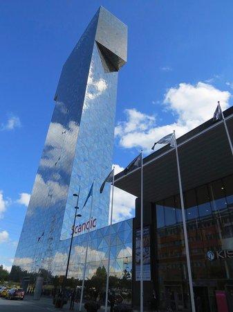 Scandic Victoria Tower: 外観です。奇抜です