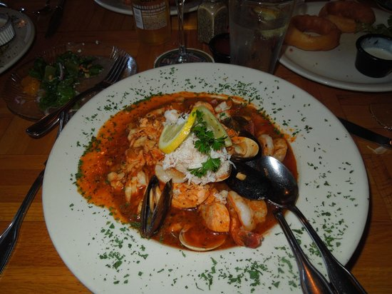 Bridgewater Ocean Fresh Fish House and Zebra Bar: This was the best Seafood chowder I have ever had.