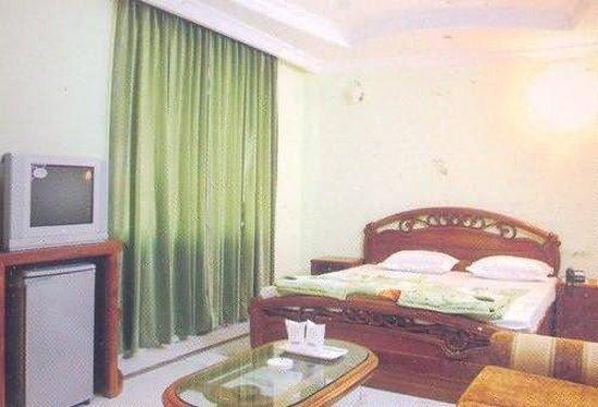 Hotel Royal Residency: Guest Room