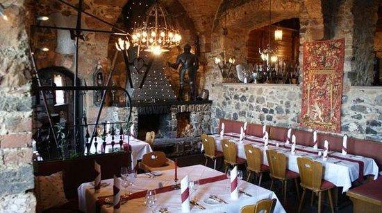 Hotel Burg Staufenberg: Restaurant