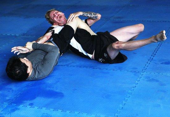Tiger Muay Thai - Day Classes: BJJ Training