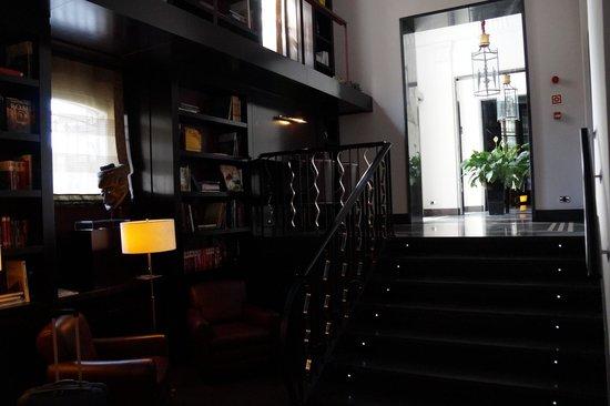 Hotel Boutique Gareus: Холл