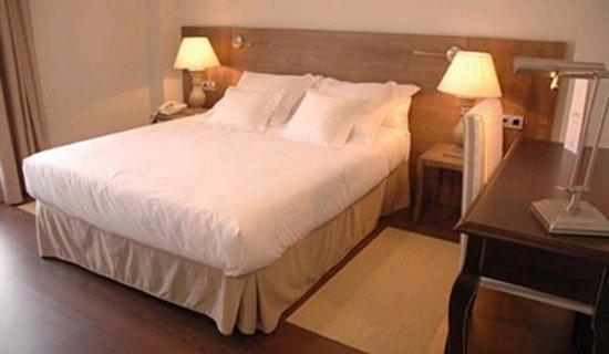 Hotel Maria Jimena: Guest Room
