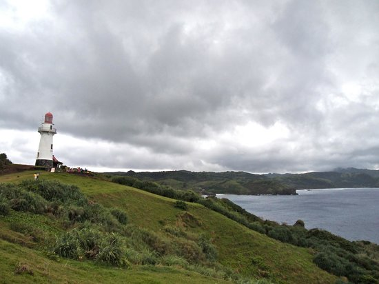 Basco Lighthouse: wide angle view