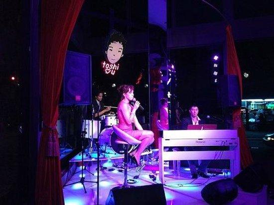 Flatiron Hotel : Live music