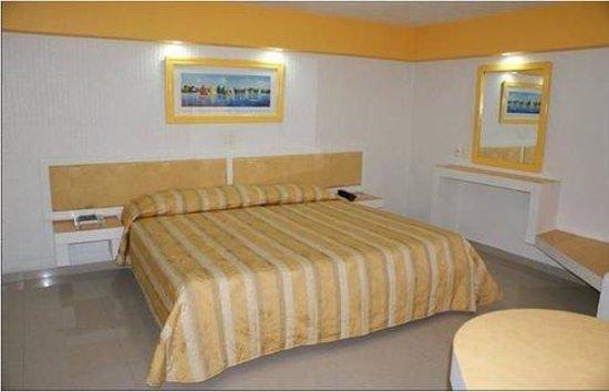 Hotel Playa Varadero : Guest Room