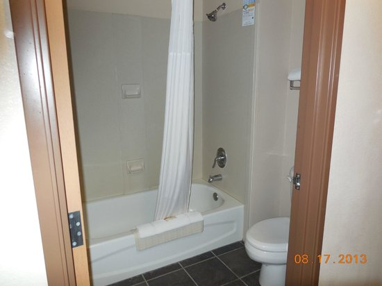 Comfort Inn : Tub/shower