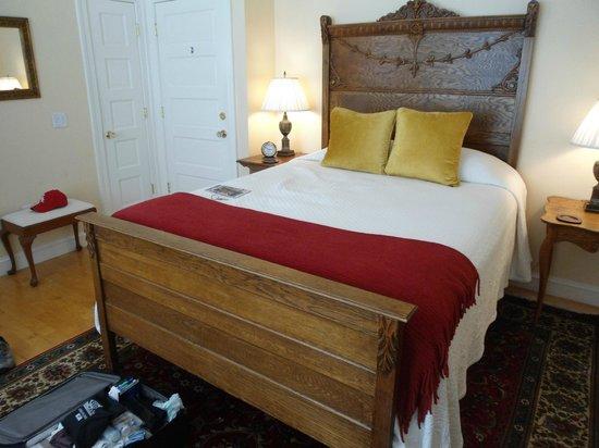 Woodley Park Guest House : Letto comodo