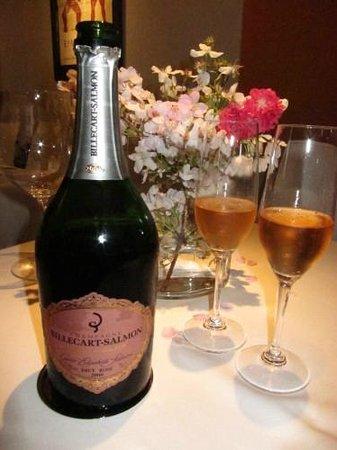 La Maison Courtine: Cuvee Elizabeth 1999 for the cherry-blossom dinner