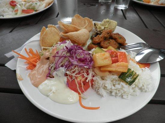 Nangyuan Island Dive Resort: pranzo a buffet