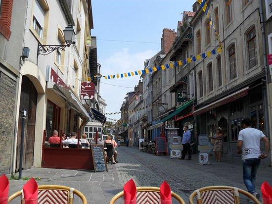 Chambres d'Hotes les Terrasses de l'Enclos: The Old Town