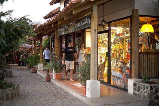 Hotel Coco Beach & Casino: COCO PLAZA