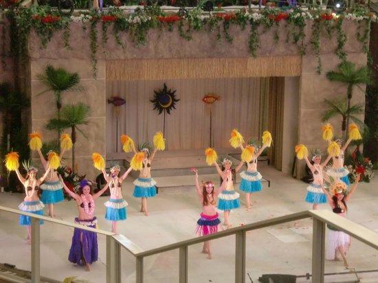 Spa Resort Hawaiians: フラガールポリネシアンレビュー