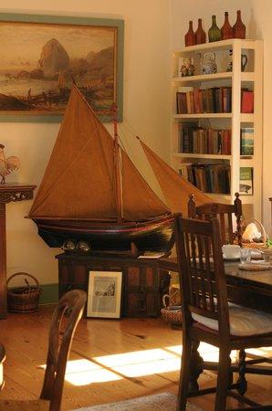 The Anglers Return: The breakfast room